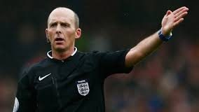 Mike Dean, English referee