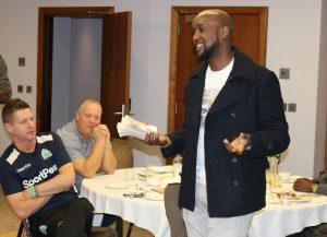 Sport Pesa CEO with cash goodies for Gor mahia