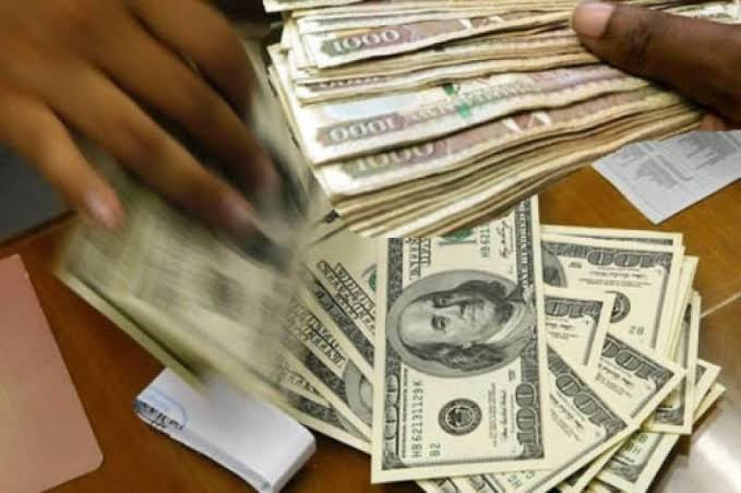 Currency; US dollar and Kenyan notes.