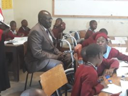 Education CS George Magoha conducts CBC class observation on Friday 13 September, 2019 at Joytown Prim school, Thika. He restated that there is no Grade 3 national exam. Schools will administer a routine assessment of learners competencies the whole term to point out areas requiring interventions.