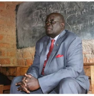 Education Cabinet Secretary George Magoha invigilates the ongoing KCSE 2019 exams at a school in Kisii. The CS said the Ministry has exposed more than 10 impersonators, confiscated phones in the exercise that entered Day 5 on Friday.